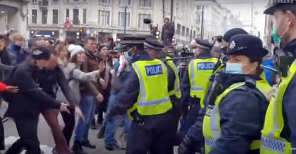 protest antilockdown londra